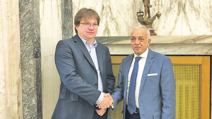 Minister Samarawickrama with Petr Ocko, Deputy Minister, Ministry of Industry and Trade of the Czech Republic