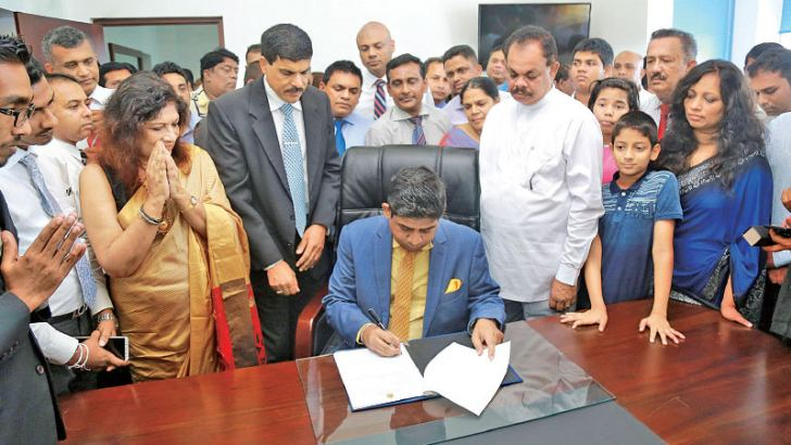 Tourism and Wildlife Minister Wasantha Senanayake assumed duties at the Ministry in Colombo yesterday. Picture by Dushmantha Mayadunne