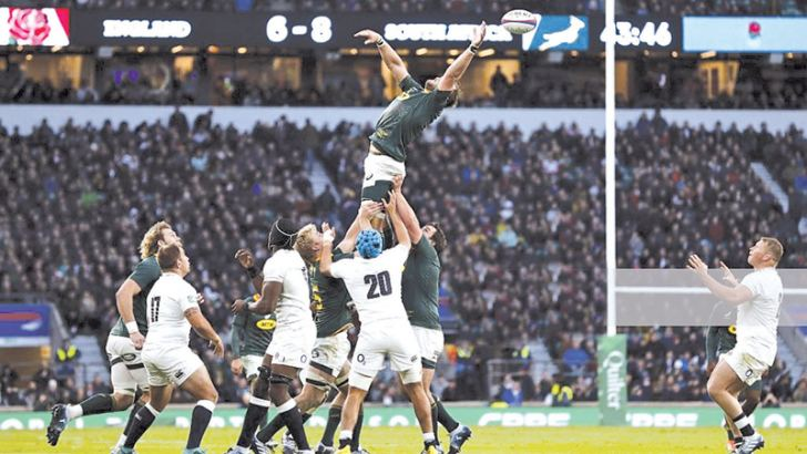 South Africa over-throw in the line-out again during the international rugby union test match between England and South Africa at Twickenham stadium in south-west London.   - AFP