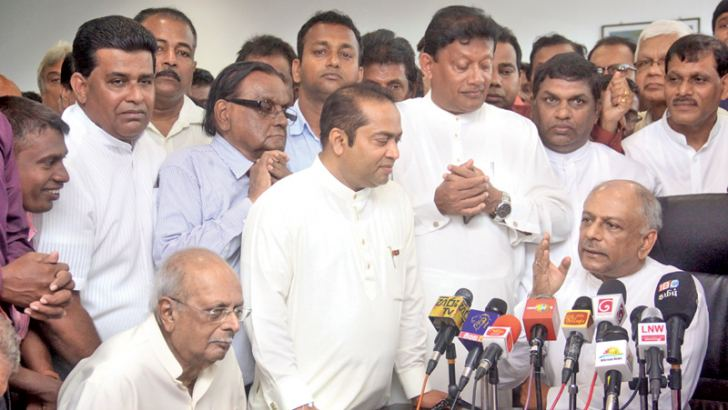 Megapolis and Western Development Minister Dinesh Gunawardena speaks after assuming duties at his Ministry yesterday. Picture by Chaminda Niroshana