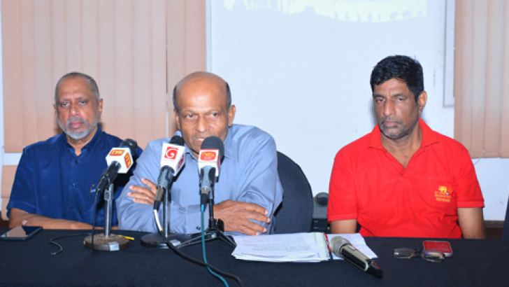 Tournament Director Ajith Wijesinghe speaking at a press conference held in Colombo regarding Senior International Ceylon Masters Badminton Championship recently. (From left) Clarence Homer- Secretary of CMBA, Rohan de Silva – President of CMBA, Sanjeewa Wijeysekara- Tournament Referee and Trevor Reckerman - Deputy Tournament Director are also in the picture. Picture by Ranjith Asanka