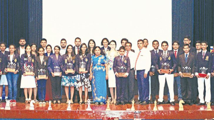 Award winners with the Chief guest at the 20th Anniversary Celebrations of AKCC