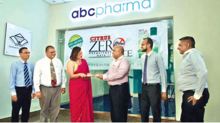 Exchanging of the ZERO Bite Distribution agreement between Savannah Outdoor (Pvt) Ltd Managing Director Sanddya Abeysekara and Chairman ABC Pharma Services Adrian Basnayaka. Palitha Wickramage, Dharshana Herath Gunaratna of Savannah Outdoor and Nisrin Ali Consultant and Neranjan Weerasuriya of ABC Pharma is also in the picture.
