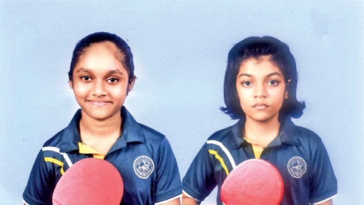 Winner Sithumli Ratnayaka (left) and runner-up Shashini Malsha (right) are seen here.