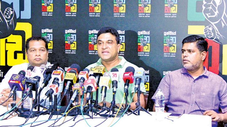 UNP Parliamentarians J.C. Alawathuwala, Nalin Bandara Jayamaha and Mujibur Rahman at the media conference yesterday. Picture by Hirantha Gunatilake