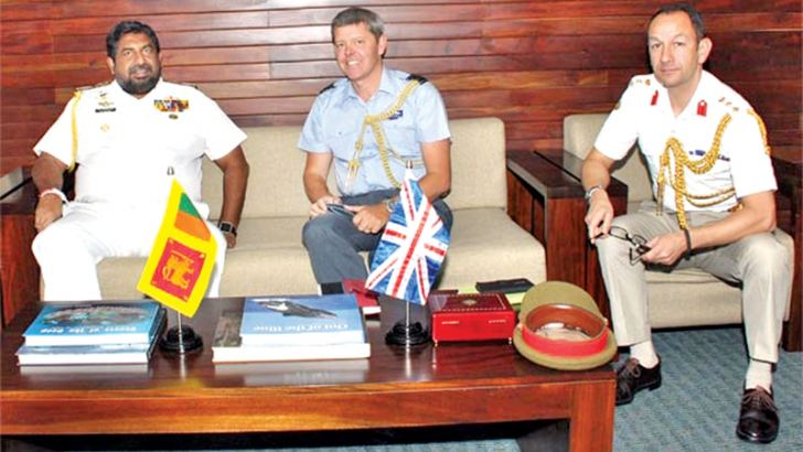 Colonel David Ashman with Chief of Defence Staff Admiral Ravindra C. Wijegunaratne.