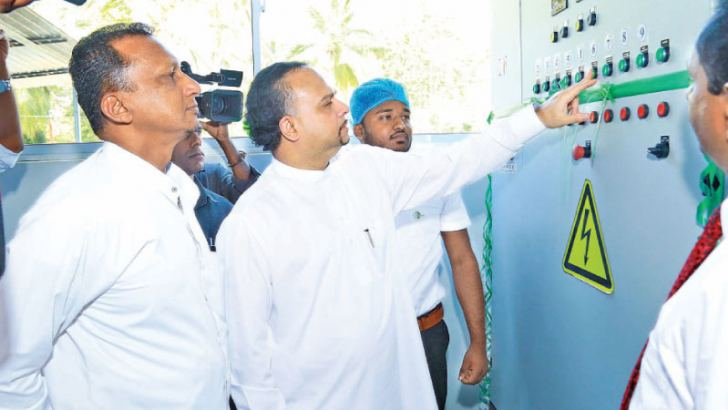 Minister Navin Dissanayake at the factory