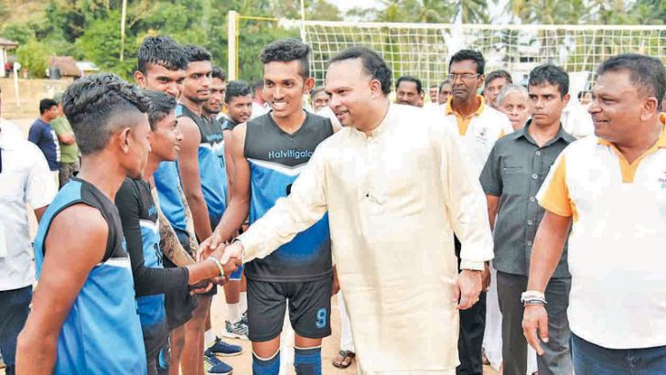 "Minister Navin Dissanayake met the players at ""Wevili Saviya Sports Festival 2019""."