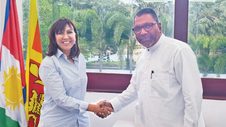 Northern Province Governor Suren Raghavan receives UN Resident Coordinator in Sri Lanka Hanaa Singer at his office on Wednesday.