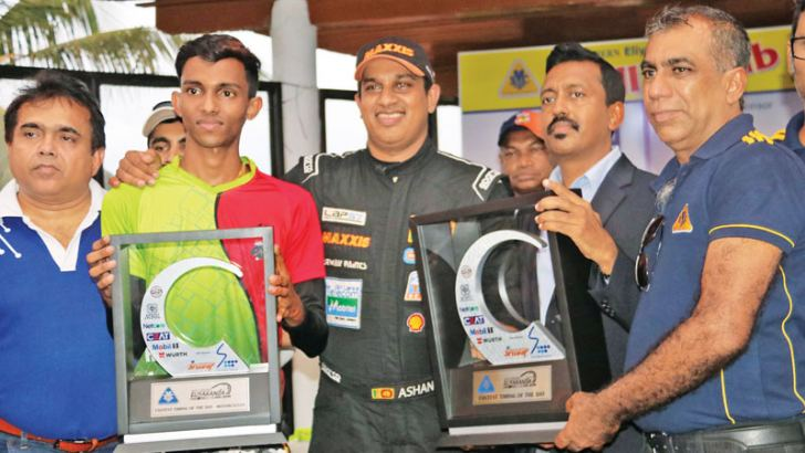 Fastest rider Dushna Mudalige and fastest driver Ashan Silva with their trophies