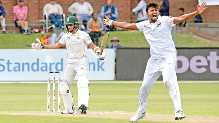 Sri Lanka's Suranga Lakmal (R) makes a successful lbw appeal against South Africa's Keshav Maharaj during the second day of the second cricket Test at St. George's Park Stadium in Port Elizabeth on Friday. – AFP