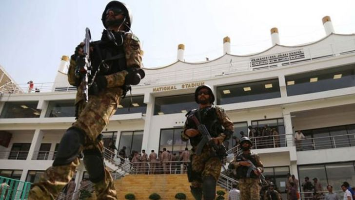 Pakistani soldiers take part in a counter-terrorism drive.