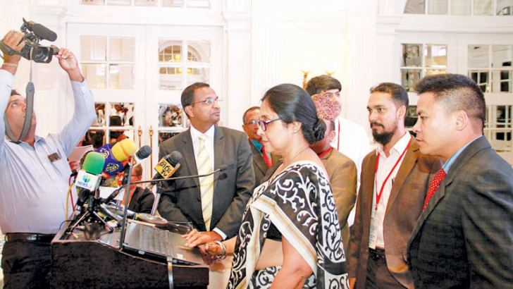 Colombo University Vice Chancellor Prof. Chandrika Wijeratne launches the official website of the SARC-CCT, at the SARC-CCT inauguration, at the Galle Face Hotel on Monday. Picture by Dushmantha Mayadunne