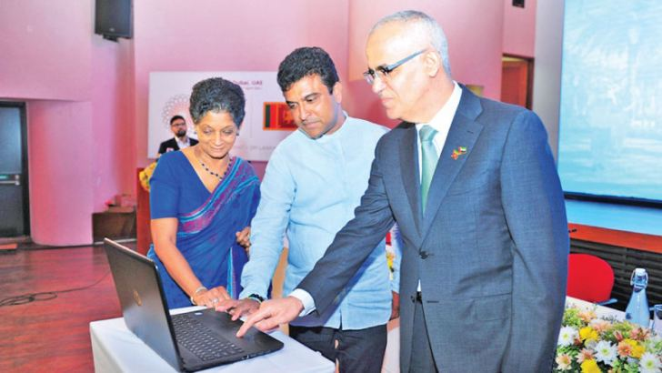 UAE Ambassador to Sri Lanka Ahmed Ali Ibrahim Al Mualla, Deputy Minister of Development Strategies and International Trade Nalin Bandara and  EDB Chairperson and CEO Indira Malwatte launching the official website of the Sri Lanka's participation at Expo 2020 Dubai , in Colombo  yesterday.