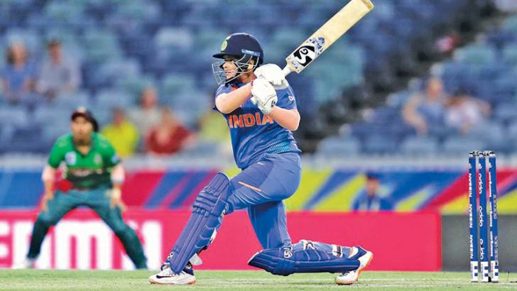 Shafali Verma hit a 17-ball 39, including four sixes, in the Powerplay to put India en route to a second successive win.