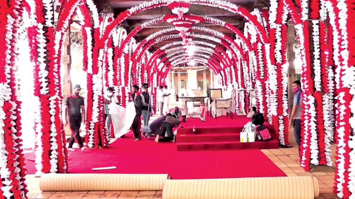 The Magul Maduwa (Ceremonial Hall) of the Sri Dalada Maligawa being decorated for the swearing-in ceremony of the new Cabinet and the State Ministers of the new Government today morning. Picture by Asela Kuruluwansa.