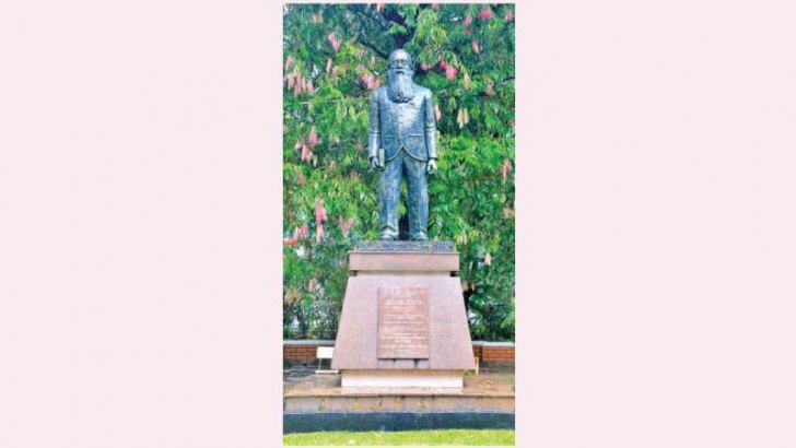 Statue of Colonel Henry Steel Olcott  at the College premises