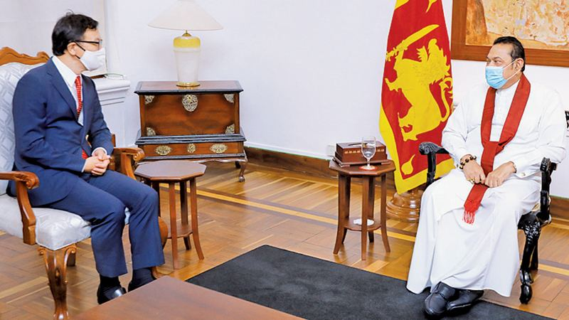 The Ambassador of the Republic of Korea Woonjin Jeong paid a courtesy call on Prime Minister Mahinda Rajapaksa at Temple Trees last evening.