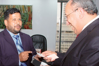 Minister Bathiudeen and Reffouch, the Moroccan Ambassador to Sri Lanka discuss bilateral cooperation at EDB premises, Colombo.