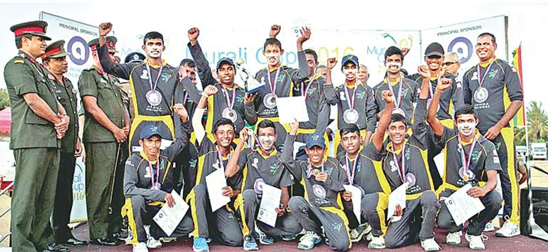 The 2016 boys' champs Mahinda College - Galle team