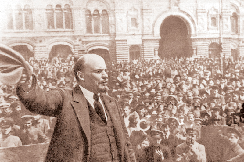 Lenin addressing a crowd in Red Square, Moscow, Russian Revolution, October 1917. On October 26,  1917, the day after the storming of the Winter Palace in St Petersburg, the Bolshevik-dominated Soviet government was established, with Lenin (1870-1924) as chairman.