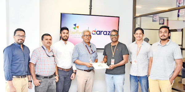 From left: Sasith Bambaradeniya – Head of Marketing & Digital Solutions, Priyantha Perera - General Manager – Underwriting, Portfolio & Reinsurance, Dilshan Rabbie – Manager Marketing & Digital Solutions & Dr. Sanjeev Jha – Managing Director & CEO of Fairfirst Insurance, officiating the partnership with Rakhil Fernando - Managing Director, Muditha Thebuwane - Chief Commercial Officer and Kavan Marambe - Mobiles Category Manager