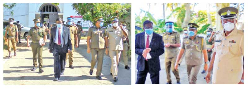The Officials arriving at the Galle Prison.  Pictures Mahinda P. Liyanage