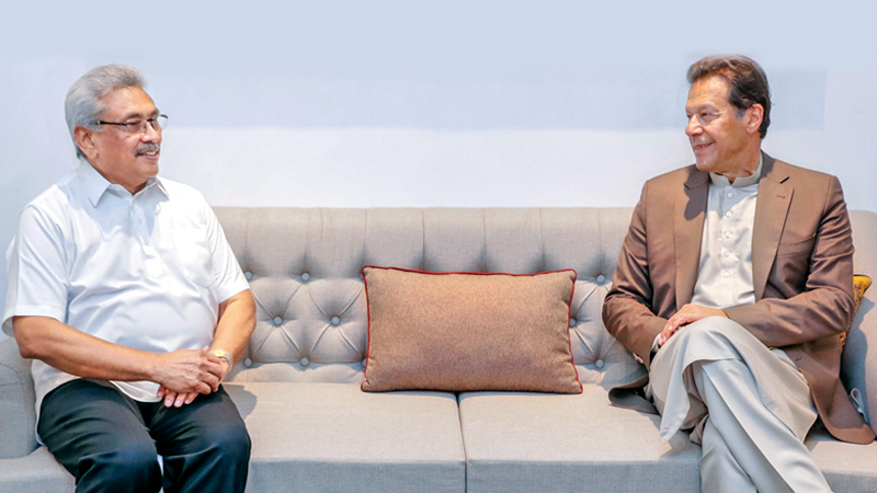 Prime Minister of Pakistan Imran Khan who was on a two-day official visit to Sri Lanka called on President Gotabaya Rajapaksa at the Presidential Secretariat yesterday morning (24). Picture courtesy President's Media Division