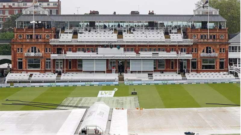 Rain prevented any play before lunch on the third day of the first Test