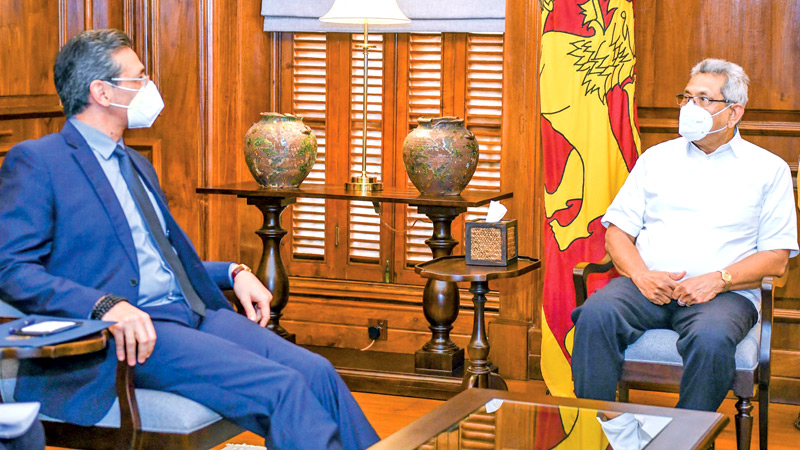 USAID Sri Lanka Office Director Reid J. Aeschliman paid a courtesy call on President Gotabaya Rajapaksa at the Presidential Secretariat yesterday afternoon (07). Picture courtesy President's Media Division