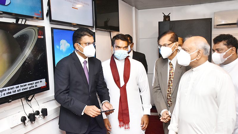 Photographed from left to right: Mr. Supun Weerasinghe, Group Chief Executive, Dialog Axiata PLC, Hon. Namal Rajapaksa - Minister of Youth & Sports and the State Minister of Digital Technology and Enterprise Development, Hon. (Prof.) G. L. Peiris - Former Minister of Education and current Foreign Minister, Hon. Piyal Nishantha De Silva, State Minister of Women and Child Development, Preschools & Primary Education, School Infrastructure & Education Services, and Hon. Dinesh Gunawardena, Minister of Education