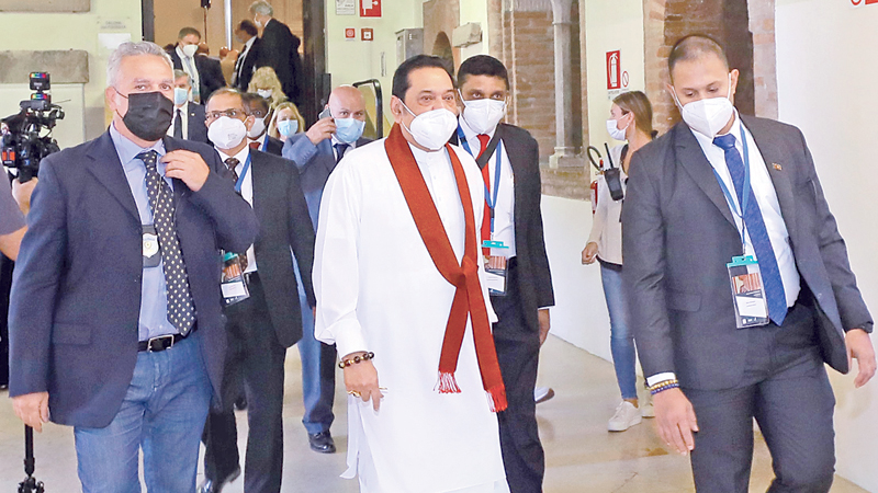 Prime Minister Mahinda Rajapaksa arriving at the University of Bologna for the Interfaith Forum.