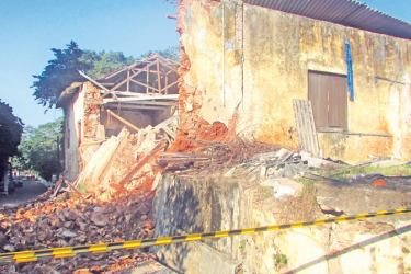 Historic wall near  Galle Fort collapses: A section of the wall that collapsed near the Galle Fort. Picture by Mahinda P.Liyanage- Galle Central Special Correspondent)