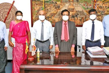 Central Province Governor Lalith U. Gamage (Centre) with the newly appointed Deputy Secretaries and other officials.