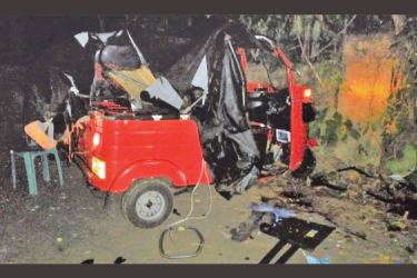 The three wheeler after the accident.