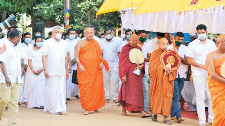 President Gotabaya Rajapaksa arrives at the Maha Maluwa, Mihinthale