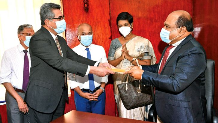 Specialist Dr. Amal Harsha de Silva yesterday assumed duties as the Secretary to the State Ministry of Primary Health Services, Pandemics and COVID Prevention.