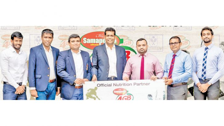 Suren Kohombange – Vice President SLS, Eranga Alwis – Honorary Secretary, Wing Commander Eranda Geeganage – Chairman Tournament Committee and Treasurer Nilruk Soysa from the Squash Federation and V. P. Govinna – Senior Brand Manager of Nutrition Category, Sisira Gunawardhana – Promotion and Activation Manager and Kalana Atapattu- Marketing Assistant of the CBL Food Cluster participated in the event to launch this collaboration.