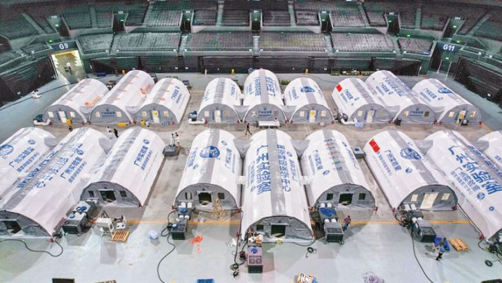 """Aerial photo taken on Saturday shows """"Falcon"""" air-inflated testing labs for COVID-19 nucleic acid testing at a stadium in Nanjing, capital of east China's Jiangsu Province. - XINHUA"""
